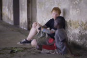 Ed Sheeran meets a little boy who lives on the streets