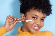 What is Dermaplaning and How To Do it Safely at Home