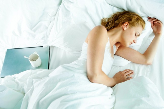Beauty World News - Acne Breakouts? Your Pillowcase Might Be the Culprit