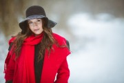 Hair Experts Teach You How To Prevent Brittleness and Breakage In The Winter
