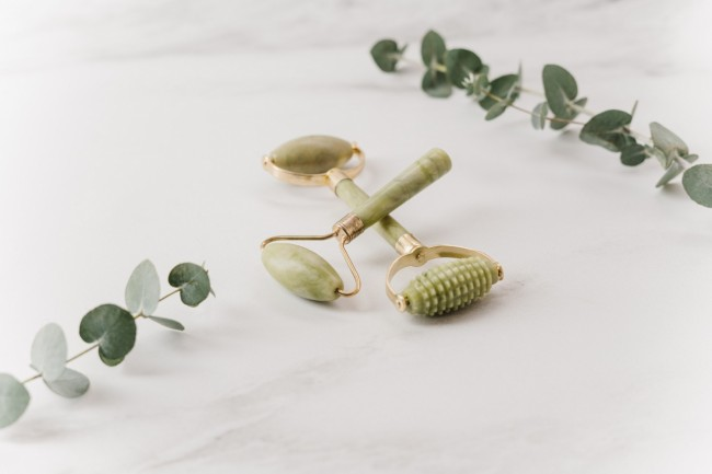 It's Not Pseudoscience: Jade Rollers Have Real Benefits