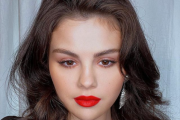 Selena Gomez Proves That Red Lipstick Is Eternally Classic
