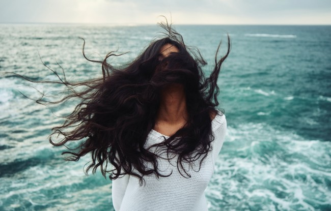 How to Use Dryer Sheets To Tame Frizzy Hair